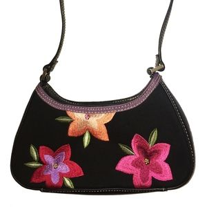 Small chic purse with bright embroidered flowers
